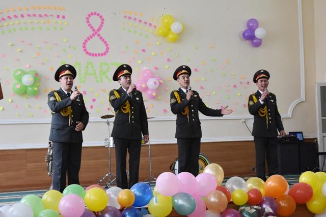 DSC 1830 - Военный оркестр организовал концерт для женщин