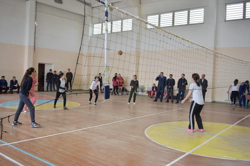 DSC 0052 - Ҳаял-қызлар арасында волейболдан «Ректор кубогы» жарысы өткерилмекте