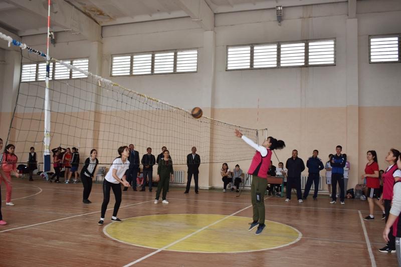 DSC 0059 - Ҳаял-қызлар арасында волейболдан «Ректор кубогы» жарысы өткерилмекте