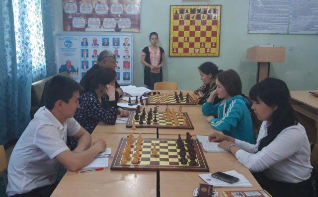 1 14 - «Спорт айлығы»: Шет тиллери факультетинде шахмат бириншилиги болып өтти