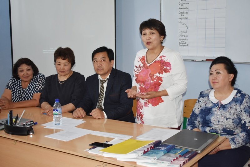 DSC 0157 - There was held a seminar-training  by the professors of Kirgizstan in Nukus State Pedagogical Institute named after Ajiniyaz