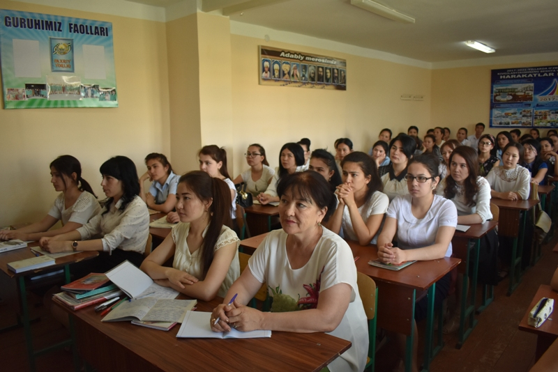 DSC 1583 - There was held a lesson by Kazakh Professor at Nukus State Pedagogical Institute at the faculty of preschool and primary education