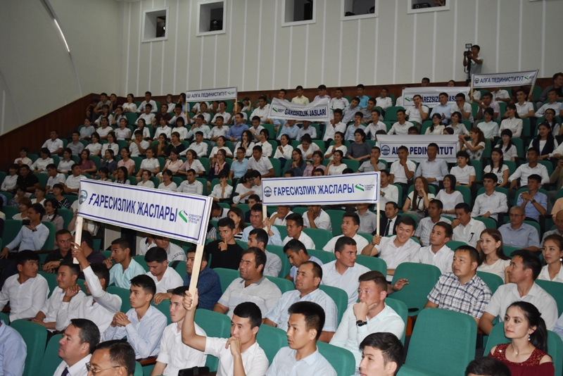 """DSC 1795 - Students of Nukus SPI took assignment for taking part in the final stage of competition """"Cognitive tests"""""""