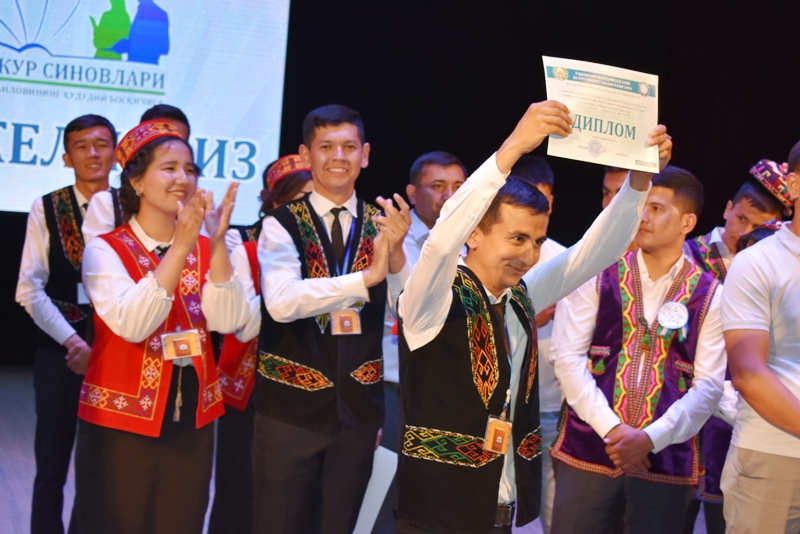 """DSC 2066 - Students of Nukus SPI took assignment for taking part in the final stage of competition """"Cognitive tests"""""""
