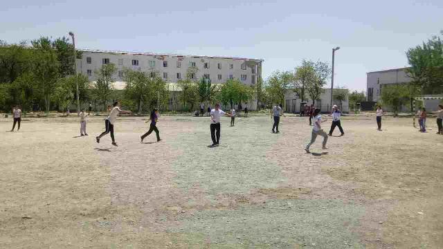 photo 2019 05 14 14 17 04 - #Спорт_айлығы: Шет тиллери факультетинде миллий спорт ойыны – қашарман топ бойынша жарыс өткерилди