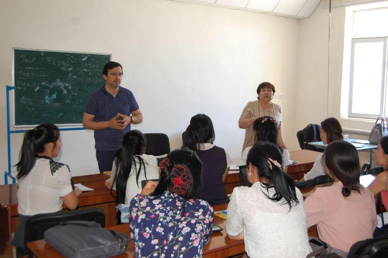 photo 2019 05 21 16 14 37 2 - Lecture of Portuguese  professor for the students of Nukus State Pedagogical Institute