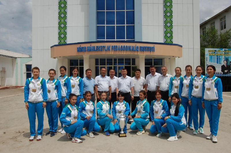 photo 2019 06 01 14 20 53 - Өзбекстан чемпионы болған институтымыз сайланды команда ағзалары ректор қабыллаўында болды