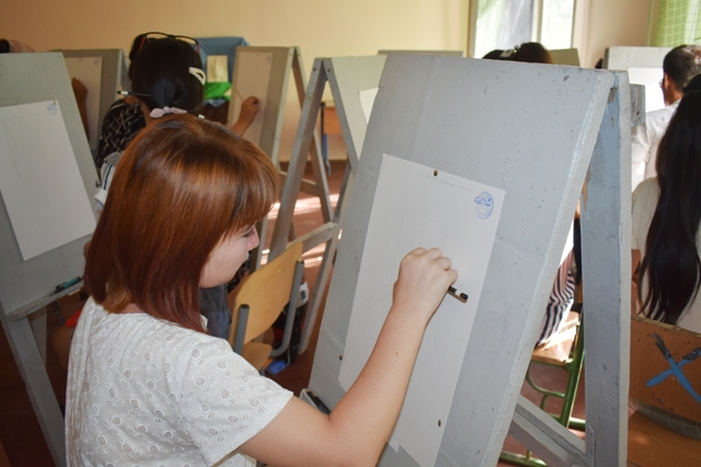 DSC 0027 - Professional creative examinations have been started in Nukus State Pedagogical Institute