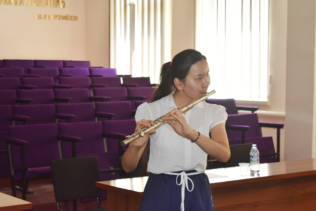 DSC 0094 1 - Professional creative examinations have been started in Nukus State Pedagogical Institute