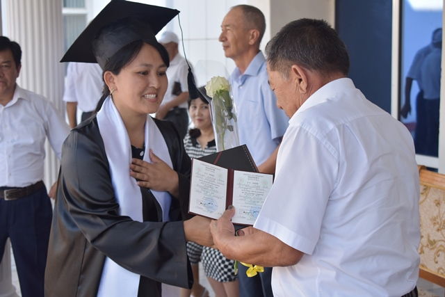 DSC 0169 - «You are the greatest place of knowledge»: Awarding ceremony at Nukus State Pedagogical Institute