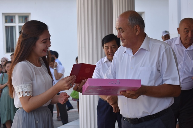 DSC 0216 - «You are the greatest place of knowledge»: Awarding ceremony at Nukus State Pedagogical Institute