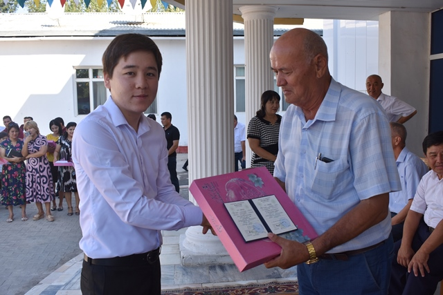 DSC 0327 - «You are the greatest place of knowledge»: Awarding ceremony at Nukus State Pedagogical Institute