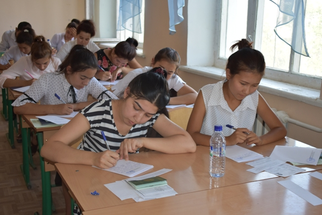 DSC 0641 - Professional creative examinations have started in Nukus State Pedagogical Institute