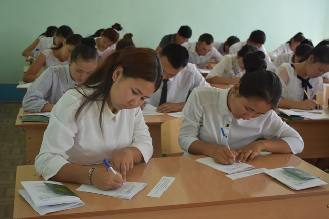 DSC 0655 - Professional creative examinations have started in Nukus State Pedagogical Institute