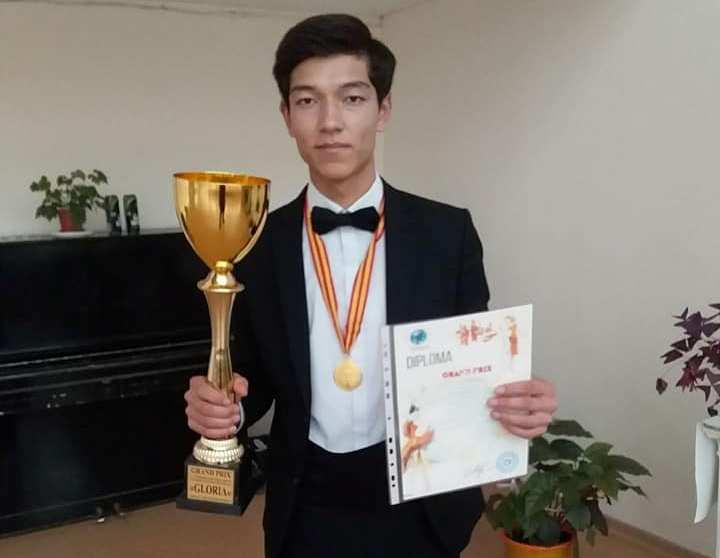 1 - НМПИ студентлери Қазақстанда өткерилген халықаралық фестивальда гран-при ҳәм 1-орынды қолға киргизди