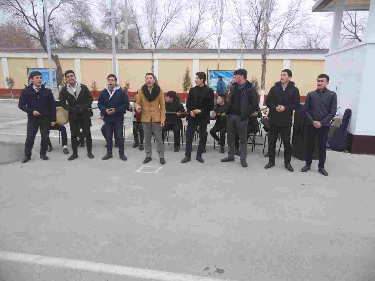 1 5 - Талантлы студентлер әскерий бөлимде байрам концертин шөлкемлестирди