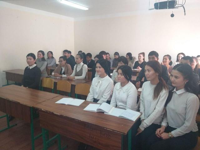 2 17 - Өзбекстан халық бақсысы менен ушырасыў үлкен тәсир қалдырды