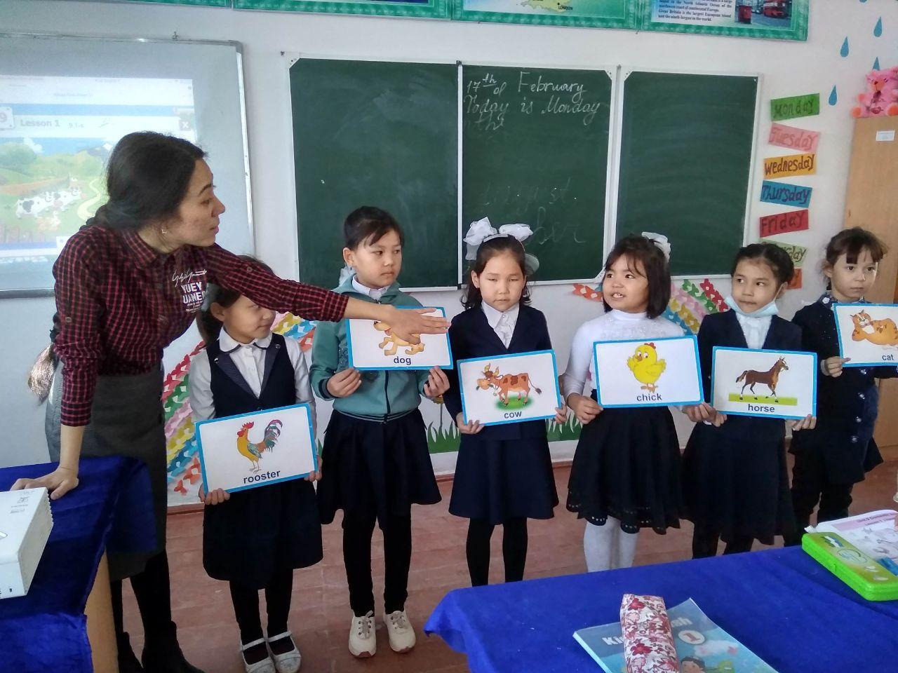 photo 2020 02 18 00 30 13 - Студенты факультета иностранных языков проходят педагогическую практику
