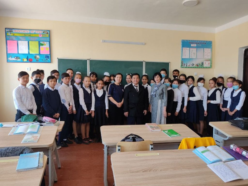 3 3 1024x768 - THE DEAN OF THE FACULTY GOT ACQUAINTED WITH THE PROCESS OF PEDAGOGICAL PRACTICE