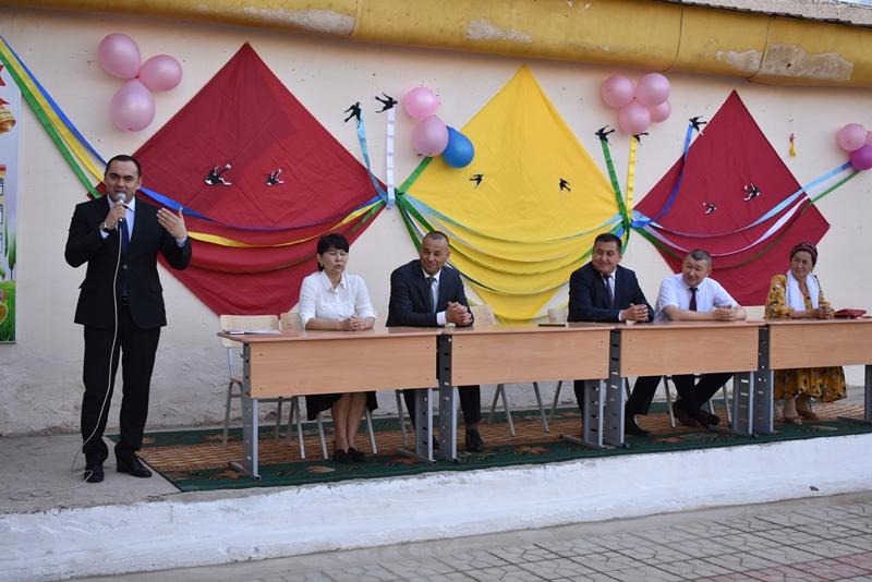 "DSC 0822 3 - Minister Abdukodir Tashkulov wished a ""good journey"" for school leavers of Nukus"